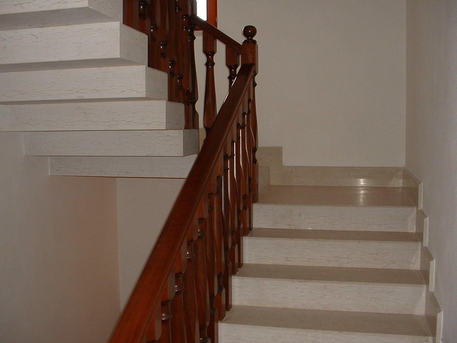 Alzata Massima Scala Interna scale in pietra della lessinia o pietra di prun | zivelonghi