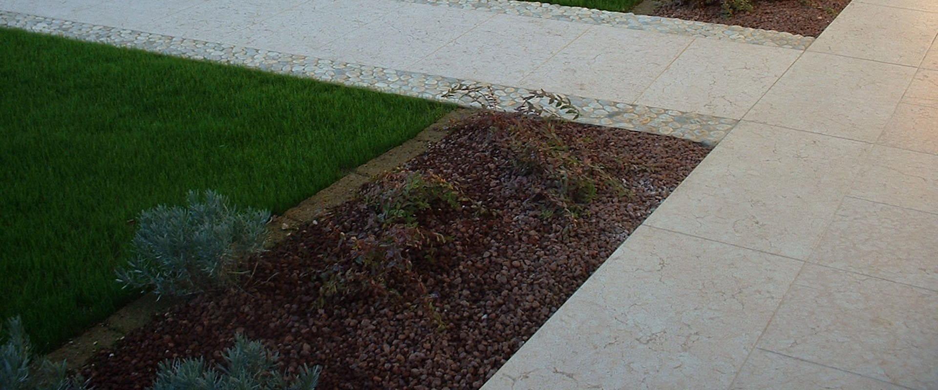 Vialetti In Pietra Prezzi pavimenti esterni in pietra della lessinia (o di prun)