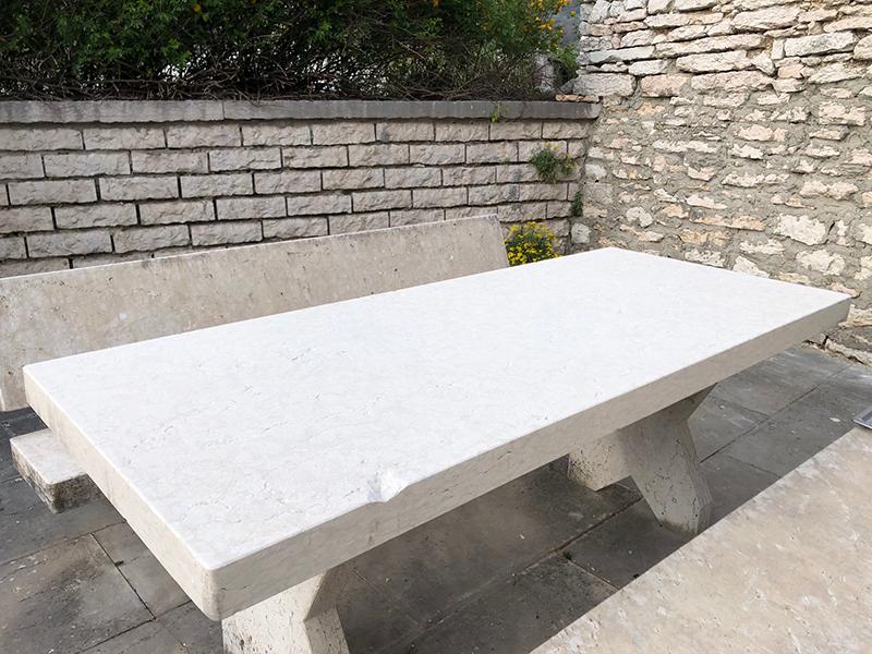 Arredi in Pietra: Tavolo da esterno in Pietra della Lessinia o di Prun